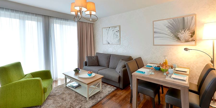 One bedroom apartment near European Parliament at Thon Residence Parnasse