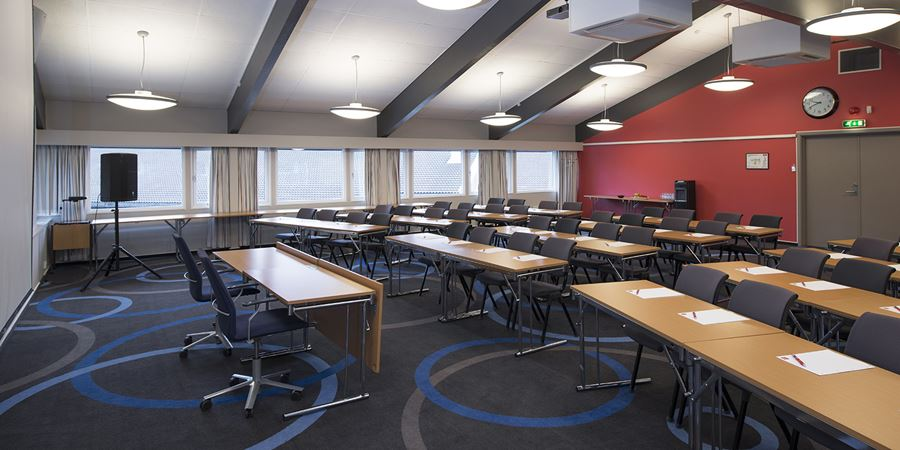 Conference room to seat 110