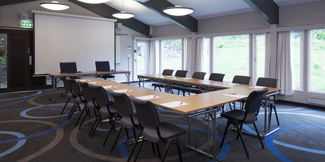 Conference room to seat 60