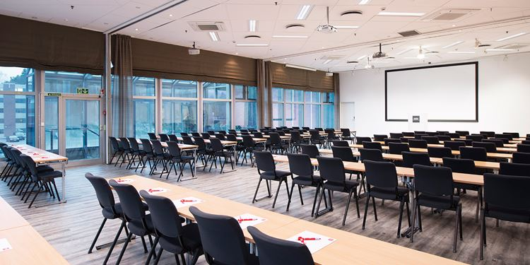 The largest conference venue at Thon Hotel Bergen Airport seats 250