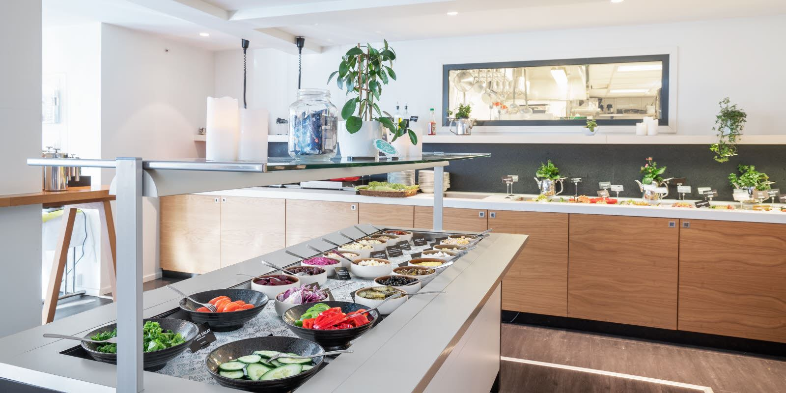 Frokostbuffet ved Thon Hotel Hammerfest