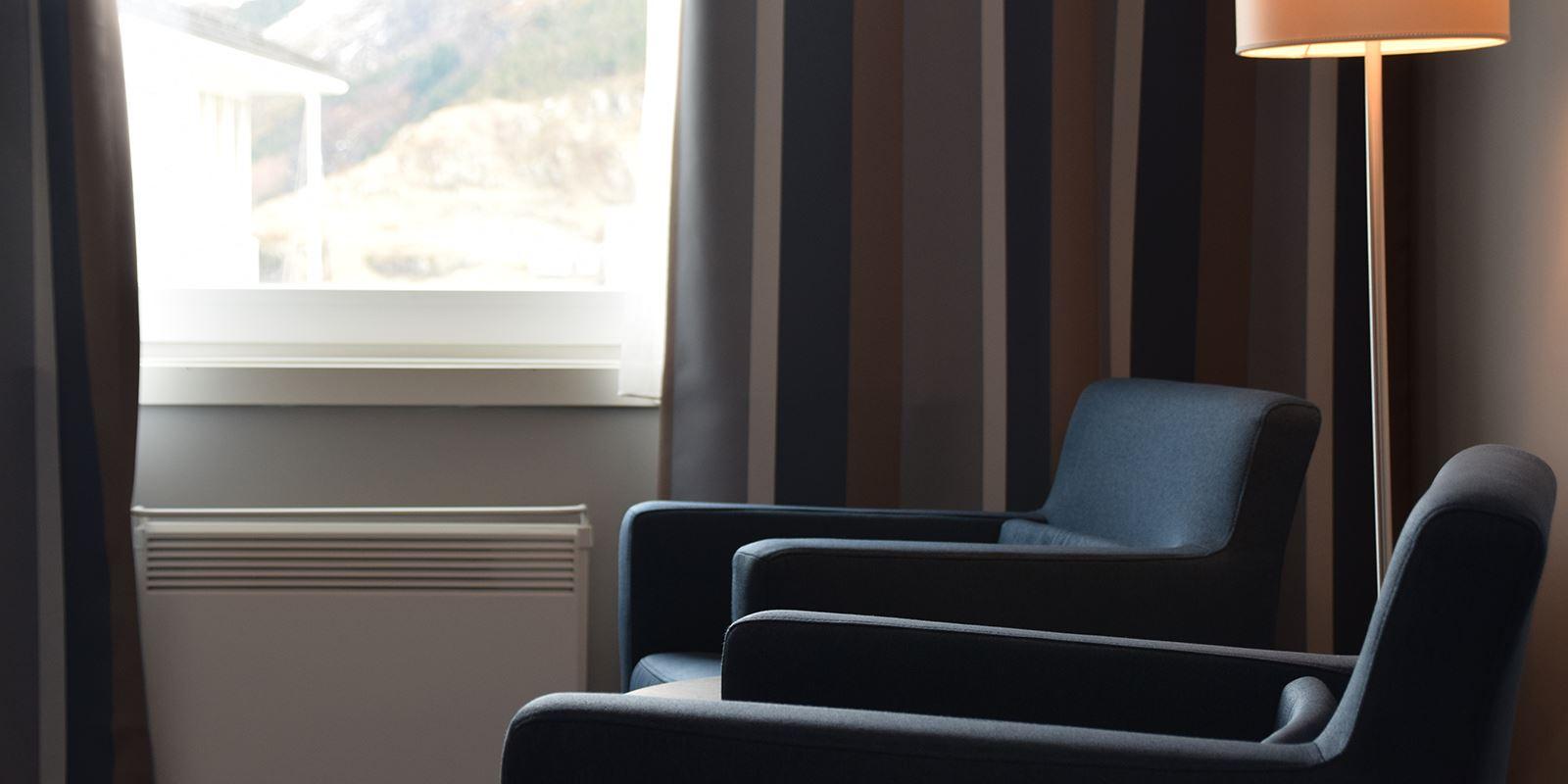 To senger i standard twinrom på Thon Hotel Måløy