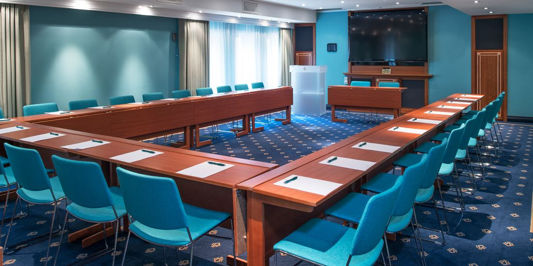 Conference room to seat 50