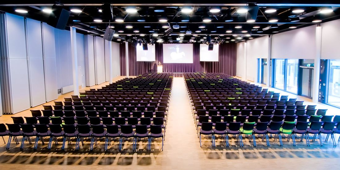 Conference venue to seat 800