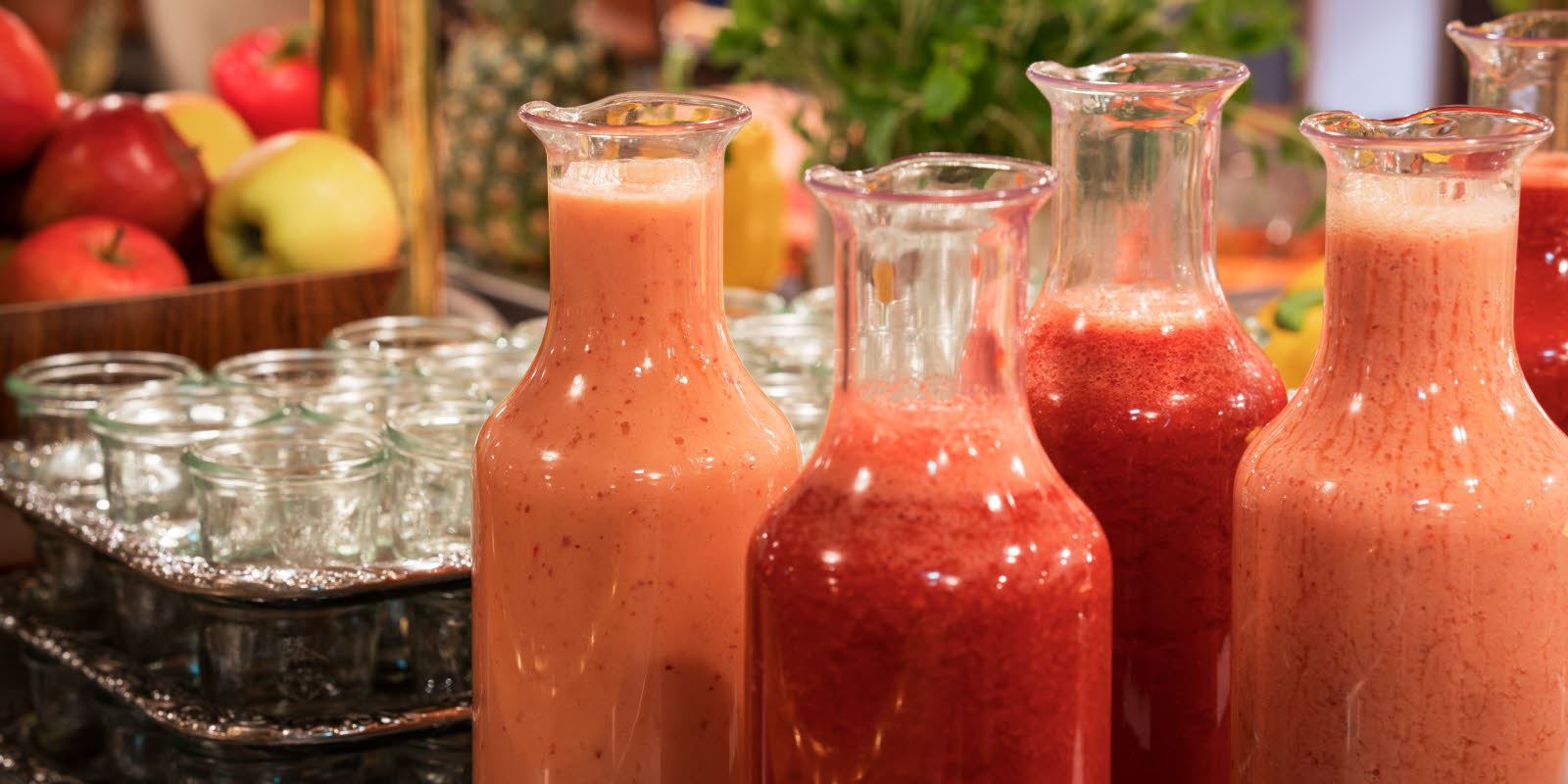Smoothies in glass bottles at Thon Hotel Skeikampen