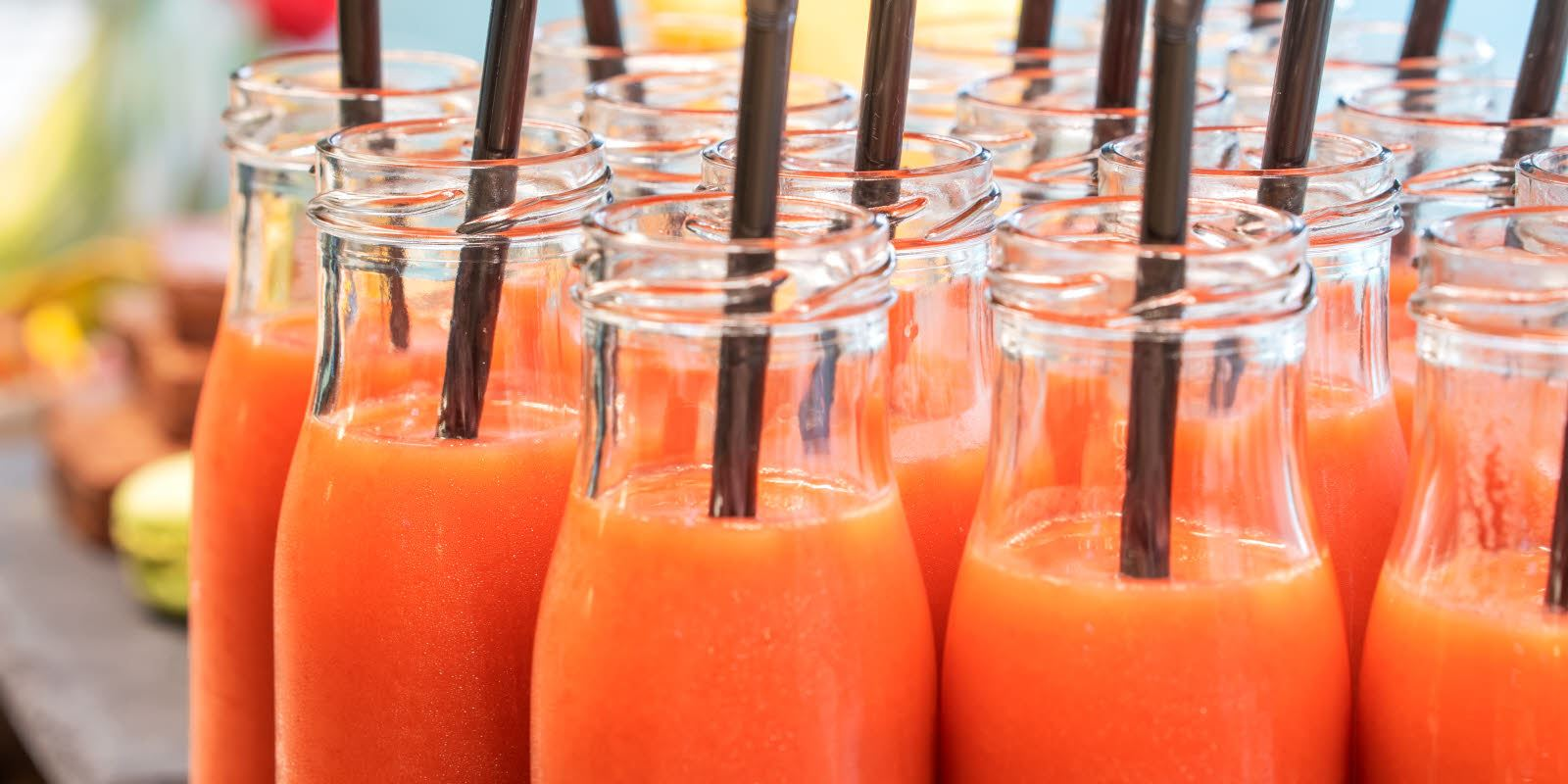Smoothies under pauseservering ved konferanse