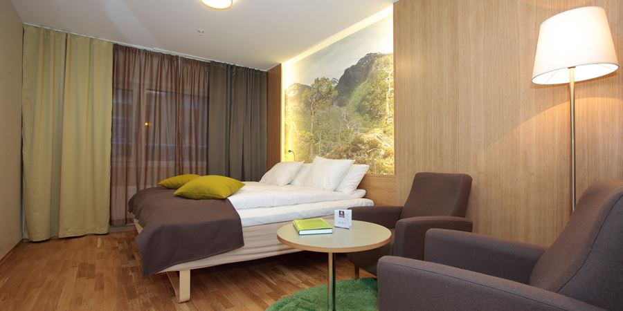 Superior room with separate seating area at Thon Hotel Surnadal