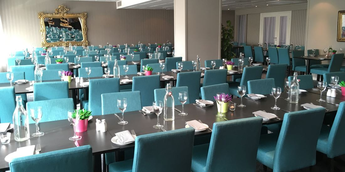 Function room with capacity for 80 guests